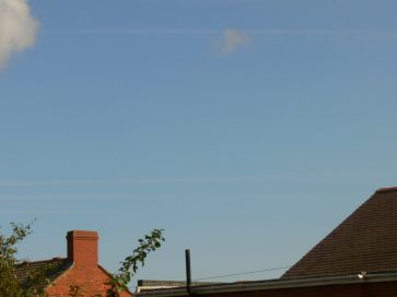 five chemtrails in parallel; chemtrails 30th August 2018 north east UK