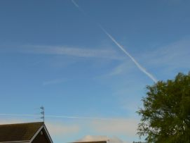 chemtrails UK 13th Sept 2018 at 11:05 hrs