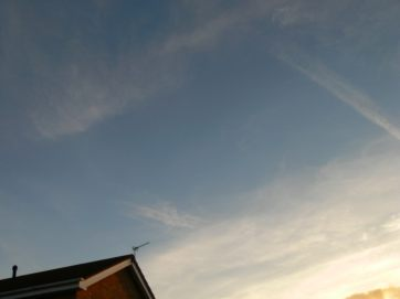 early morning UK chemtrail Sat 29th Sept 2018
