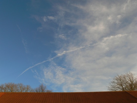 Mon 16th Dec 2018 NE UK chemtrail activity