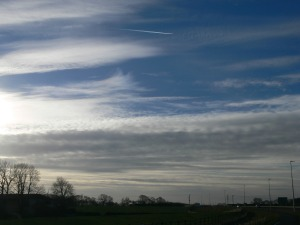 chemtrails UK 13:04 18th Jan 2019 NE England... this is an aluminized sky 100%