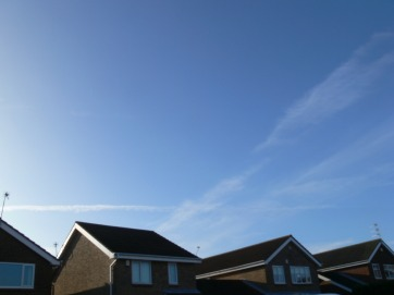UK chemtrail 20th Jan 2010 11:19 GMT.