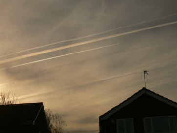 26th Jan 2019 UK chemtrails 10:54 GMT