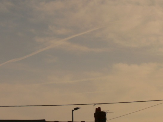 Previous day 14th Feb NE England ...three chemtrails.