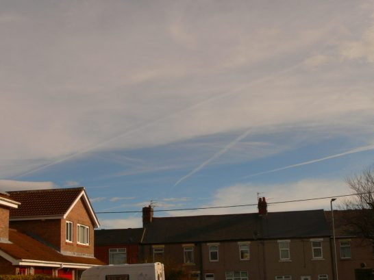 chemtrail NE UK Thursday 21 Feb 2019 ... 10:55 GMT