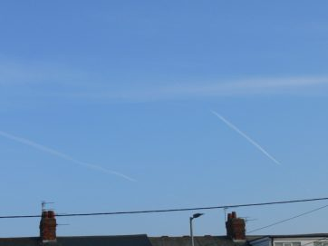 23rd Feb 2019 Saturday . a chemtrail / alumunized sky.