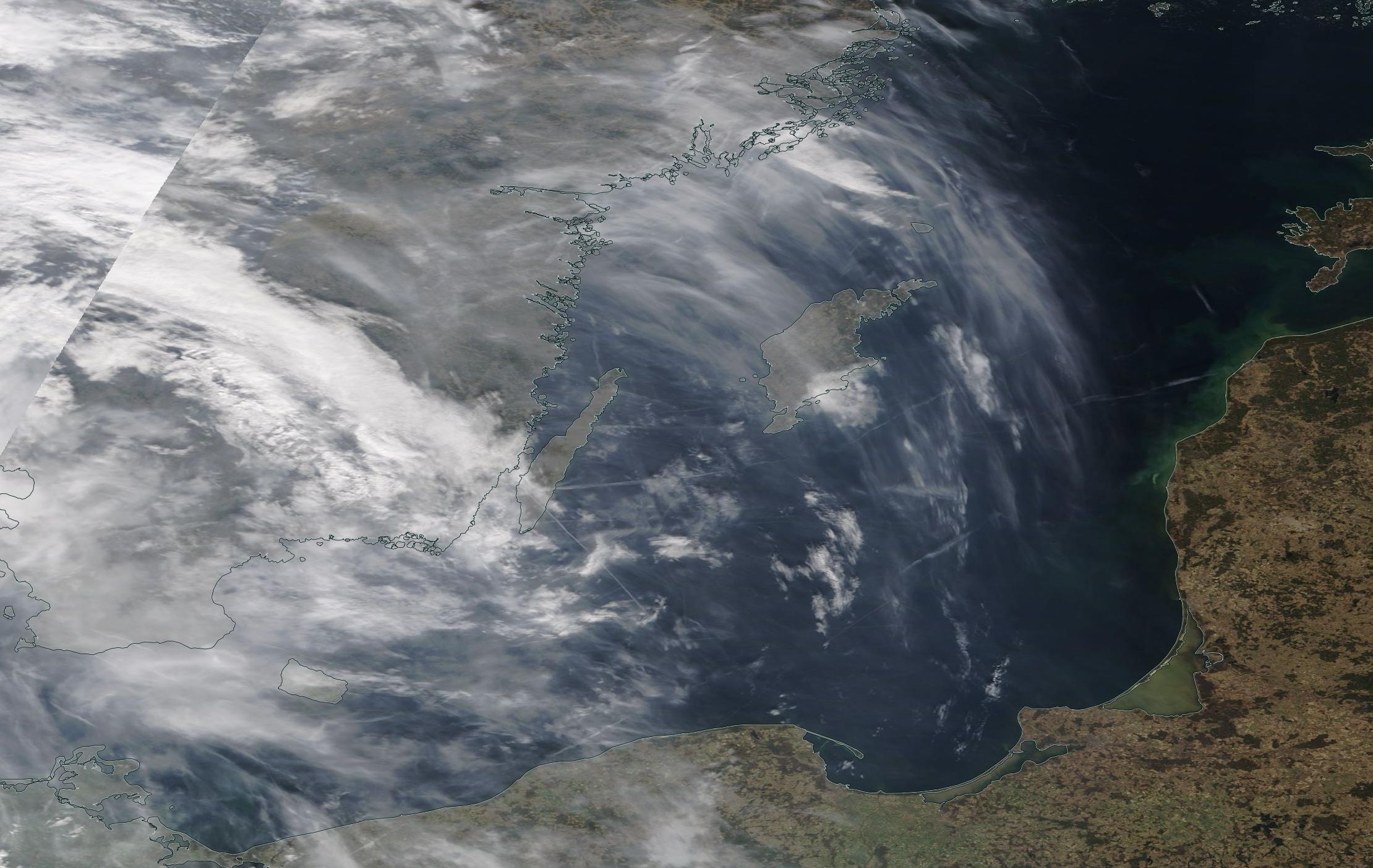 chemtrail geoengineering Kelmar Gotland Baltic Sea 3rd April 2019 ... https://go.nasa.gov/2FTxQSt