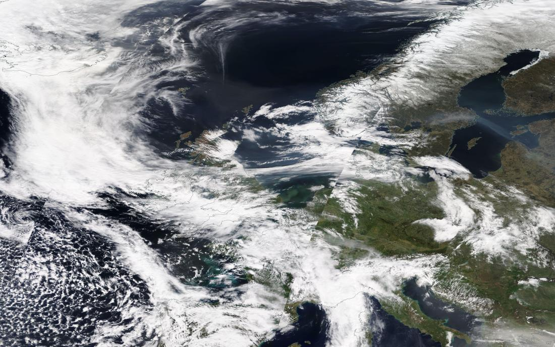 chemtrails geoengineering Europe 24 April 2019 ... https://go.nasa.gov/2UV8hdY... note horizontal E-W band across northern England