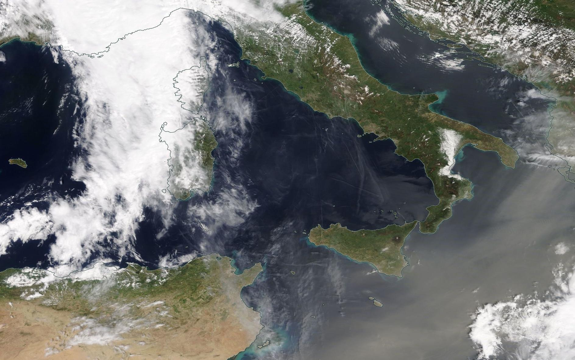 chemtrails Mediterranean 24 April 2019 ... https://go.nasa.gov/2IXyJME
