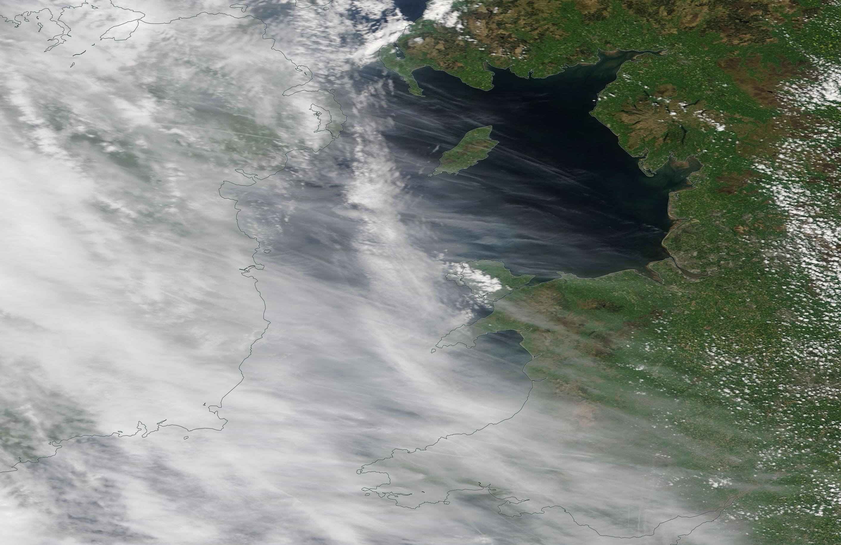 Irish Sea chemtrail geoengineering 16 May 2019 ... https://go.nasa.gov/2Ef8RZw