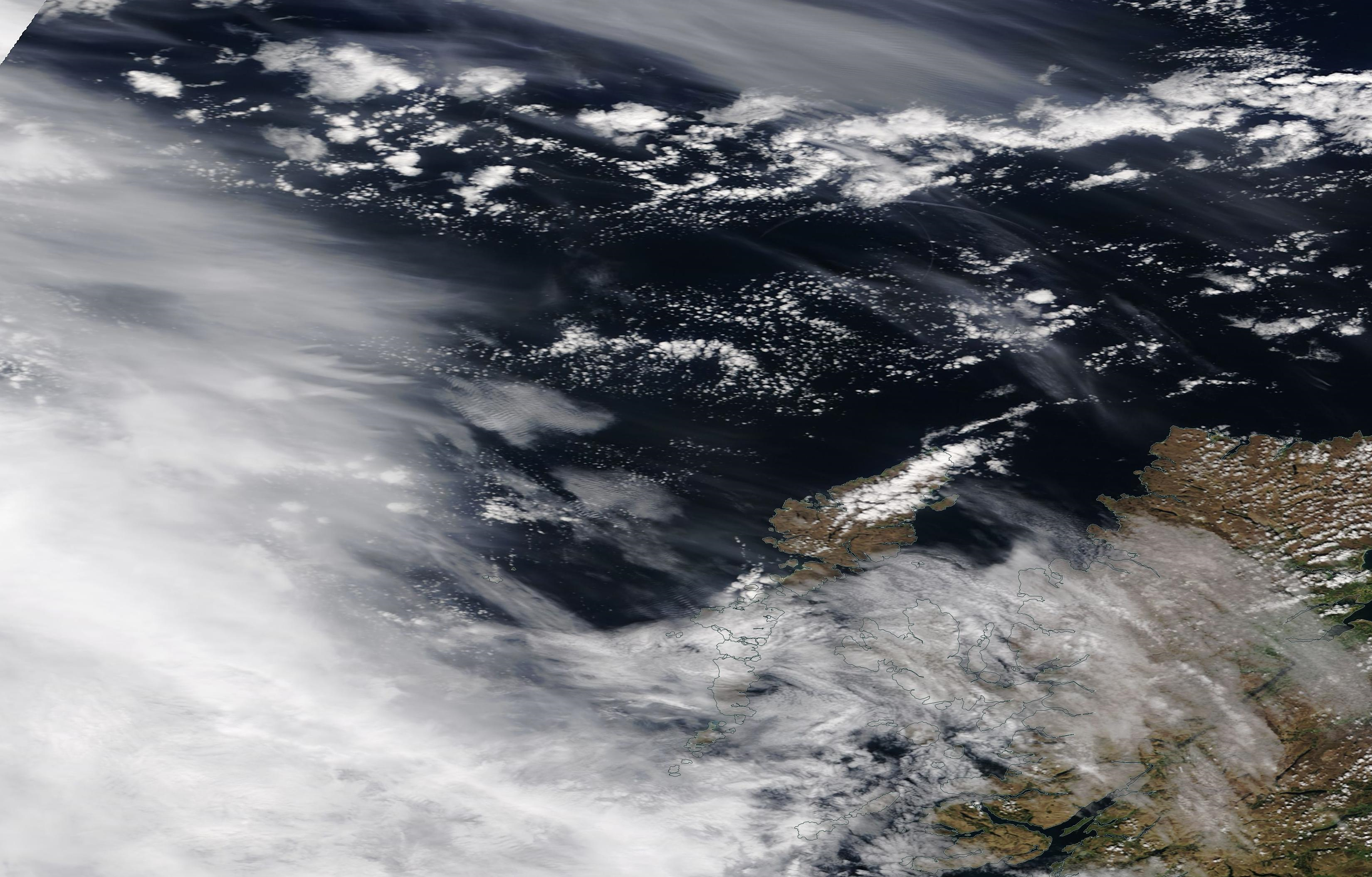 suspected chemtrail geoengineering north west Scotland shipping area Bailey, Hebrides, Sunday 12 May 2019... https://go.nasa.gov/2E3DNvM