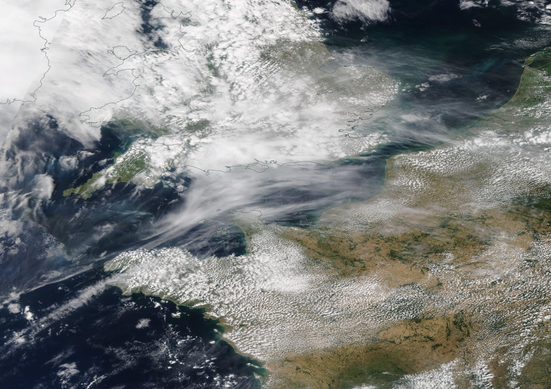 English Channel chemtrails, Sunday 21 July 2019 https://go.nasa.gov/2JLVNhG