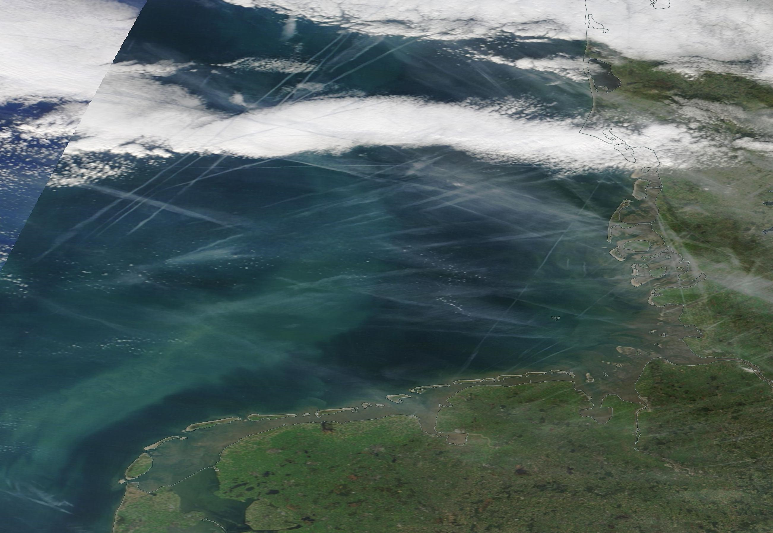 North Sea (south) German Bight, Denmark, Bremen chemtrails. https://go.nasa.gov/36eximi